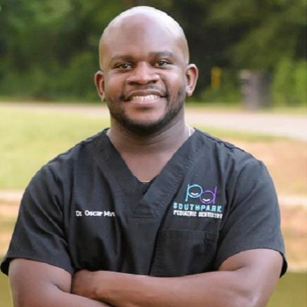 Dr. Oscar Mvula