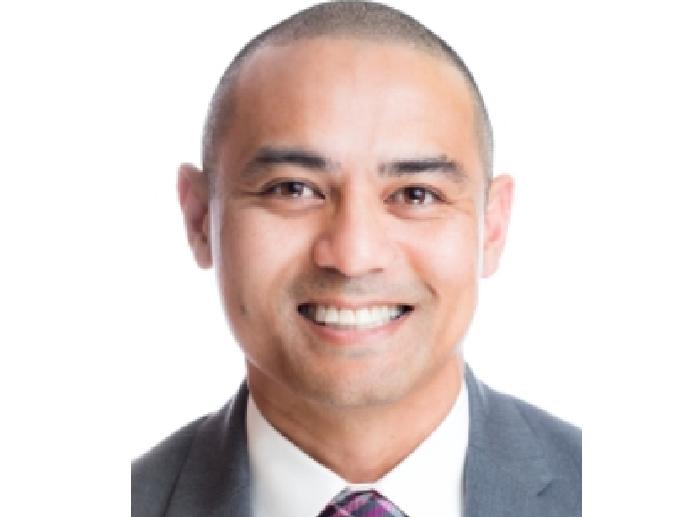 Dr. Patricio Andres