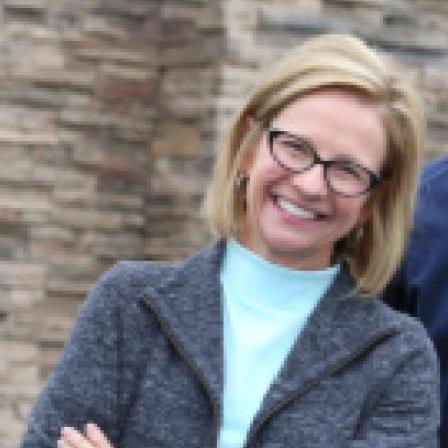 Dr. Perri L Kauls