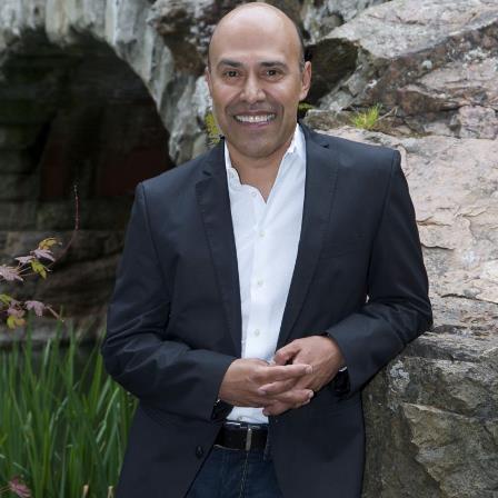 Dr. Raul A Montalvo
