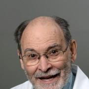 Dr. Richard W Mittelstadt
