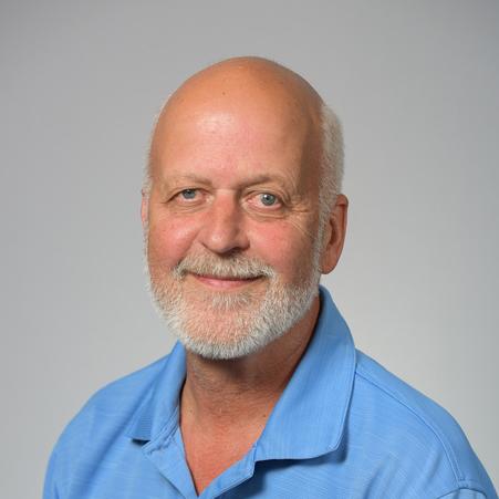 Dr. Robert J Bauder