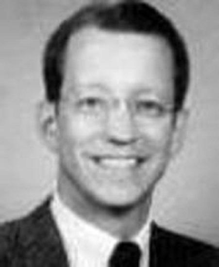 Dr. Robert W Glineburg