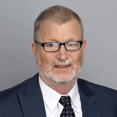 Dr. Robert D Holland