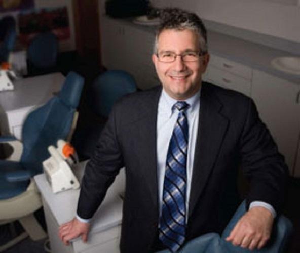 Dr. Robert R. Ziaja