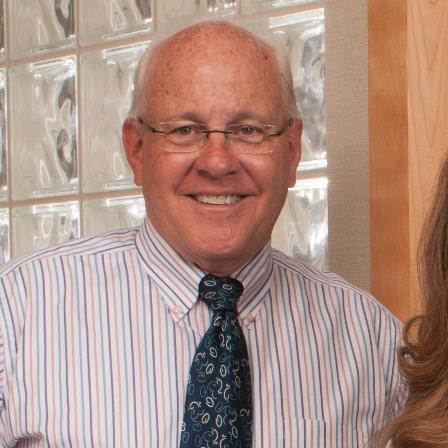 Dr. Robin D Harshaw