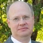 Dr. Roy H Bullard