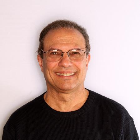Dr. Stephen A Solomon