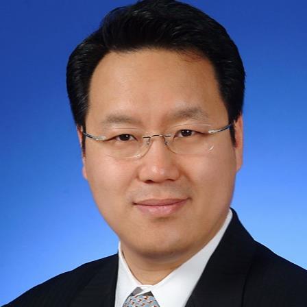 Dr. Steve T Hahn