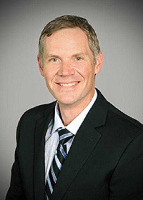 Dr. Thomas E Neafus