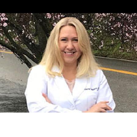 Dr. Vera D Dooley