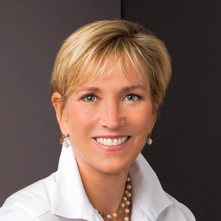 Dr. Victoria Borowski