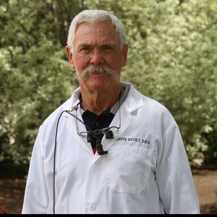 Dr. Wayne L Richey