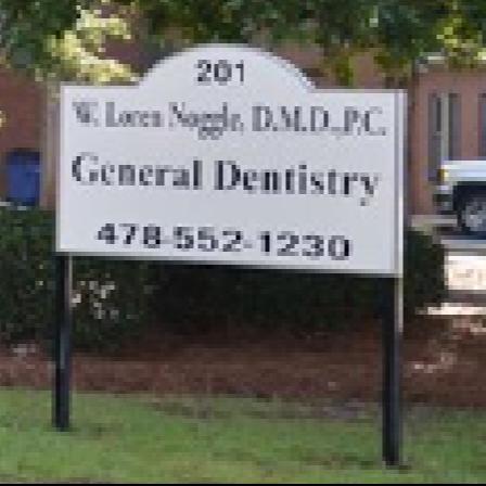 Dr. William L Noggle