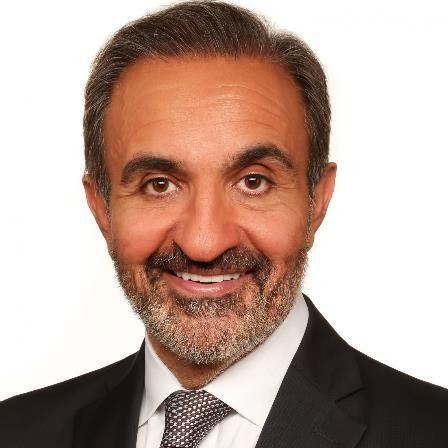 Dr. Younes Safa